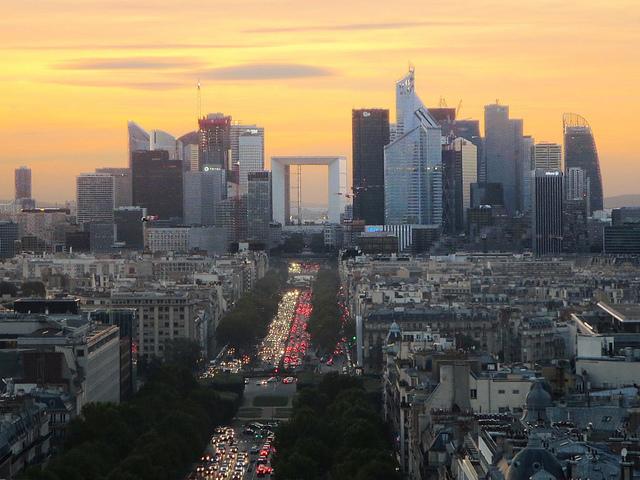 La France dans le top 10 des pays pour les investissements directs étrangers